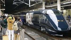 đi-tàu-shinkansen