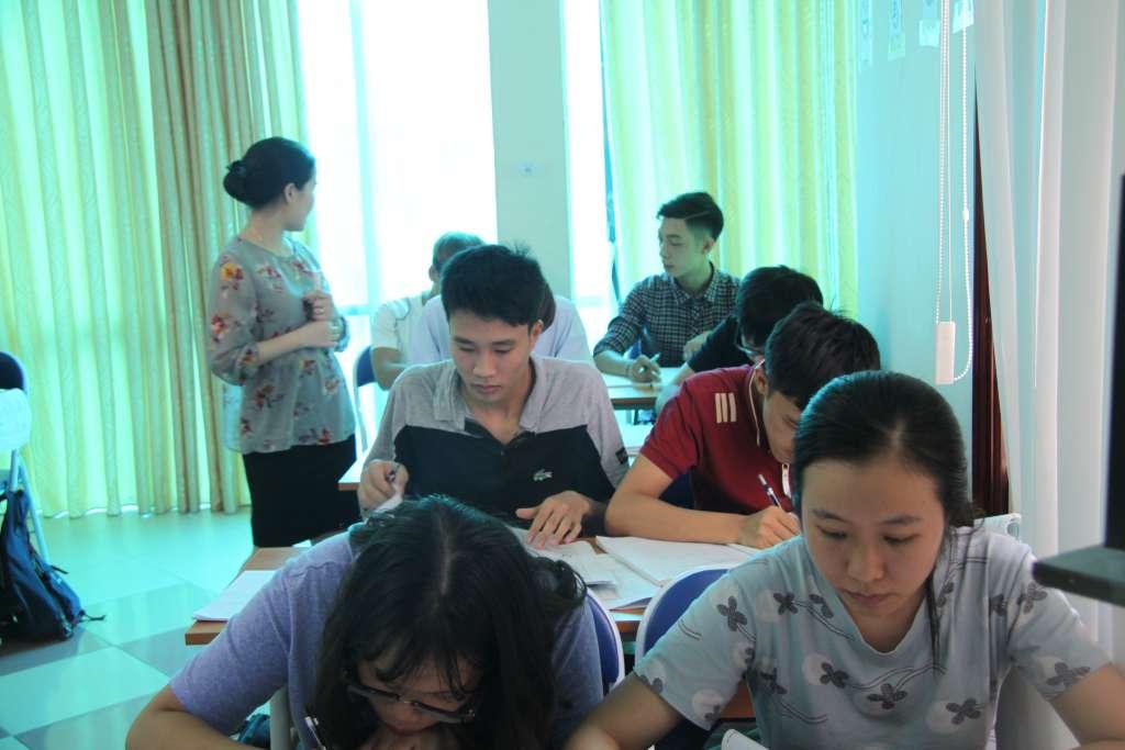 khai giảng lớp tiếng Nhật du học