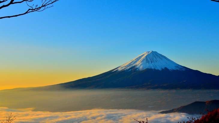 Mount-Fuji-Mountain-In-Japan-Active-Volcano-WallpapersByte-com-3840x2160