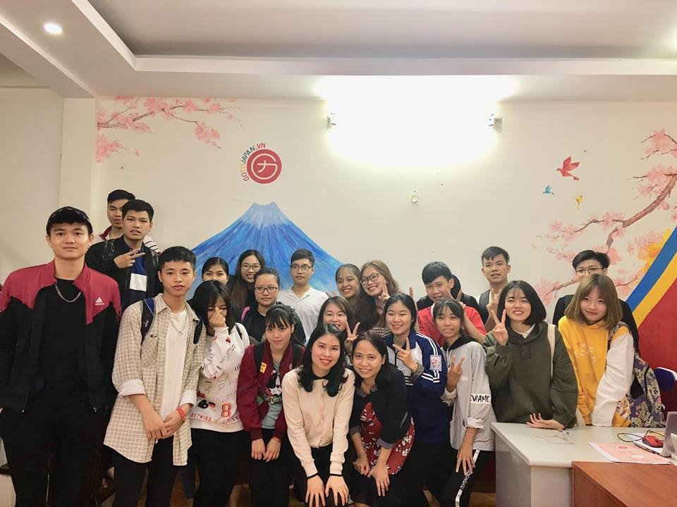 Senpai Ngọc cùng các bạn học viên GoToJapan